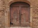 Red door in Italy